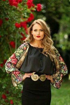 Ukrainian Beauty etno Contemporary Ukrainian look Folk Fashion, Ethnic Fashion, Womens Fashion, White Shirts Women, Blouses For Women, Ukraine Women, Ethno Style, White Ruffle Blouse, Ukrainian Dress