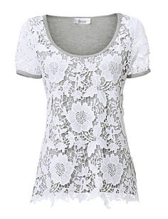 Shirt mit toller Blütenspitze