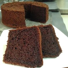 Saw this lovely chiffon cake in Joceline's blog which is written in Mandarin and so I did a Google translate on the recipe and edit it. ...