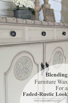 Blending Furniture Waxes For a Faded -Aged Look - This technique is so much easier than it sounds and it's by far one of my favorite things to do when refinishing furniture. It instantly adds depth and character to any piece while highlighting specific areas. #paintedfurniture#furnituremakeover #chalkpaint #dixiebelle #diy #farmhousedecor #homedecor #diyhomedecor