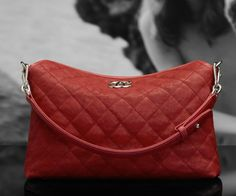 Chanel soft grained calfskin hobo bag with double handle (Cruise 2011/12)