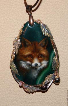 """Купить кулон """"Лисица"""" - комбинированный, лиса, лисица, масляные краски, лак, перламутр натуральный"""