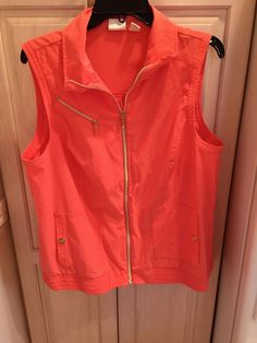CHICOS Zenergy Golf Women's ORANGE VEST Sleeveless Full Zip Size 2 NEW #Chicos