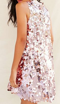 Gorgeous pink sequin dress for holiday parties! http://rstyle.me/n/tdgcanyg6
