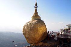 Kyaikto (Golden Rock), Yangon, Myanmar