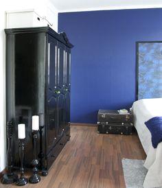 Kiiltävää mustaa Lockers, Locker Storage, Entryway, Cabinet, Furniture, Home Decor, Entrance, Clothes Stand, Decoration Home