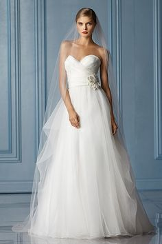 We love these feminine wedding gowns from Wtoo Spring 2013 bridal collection. Brides will find these elegant gowns with chic detailing hard Wedding Dress Gallery, Wedding Dresses 2014, Designer Wedding Dresses, Bridal Dresses, Wedding Gowns, Bridesmaid Dresses, Dresses 2013, Bridal Gallery, Wedding Attire