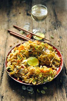 Pad thaî végétarien aux courgettes et aux carottes