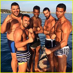 Cristiano Ronaldo Continues Shirtless Ibiza Vacation with 'Dream Team'!