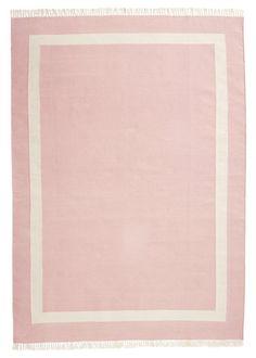 pink nursery rug