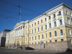 Suomalaista uusklassismia, Carl Ludvid Engel, Valtioneuvoston linna 1818. Kuva Wikipedia.