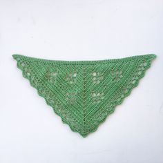 In the Yarn Garden, a blog with crochet patterns mainly inspired by the nature. Descriptions in English and Swedish.