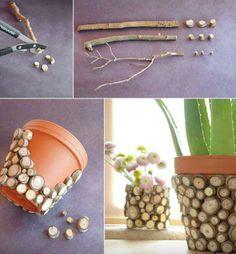 mosaic clay pot ideas | Via Notty Norma