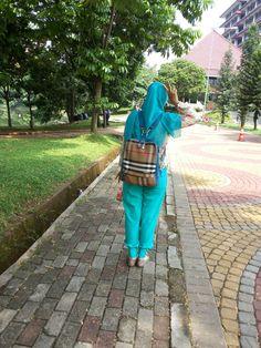 SHE IS EGIYANTINA: Backpack Girl