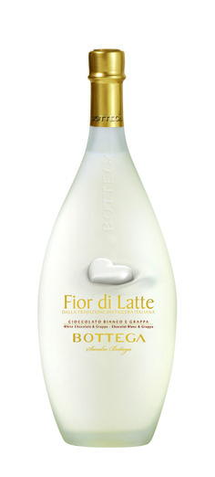 Fior di Latte is a creamy and pleasantly sweet liquor. The elegant packaging of the bottle adds a unique touch to the product.