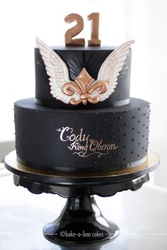 Winged Fleur-de-lis themed cake by Bake-a-boo Cakes NZ, via Flickr