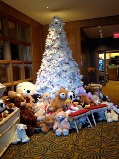 "Any place which celebrates the holidays with a Teddy Bear Tree like this is definitely one of our ""favorite places and spaces!""  Check this out in the lobby of the Four Seasons Hotel in Boston while you can - it won't be there forever!  What a great way to celebrate the holidays in 2013.  Well done, Four Seasons!"