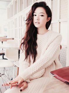 #ulzzang #fashion #kfashion #korean #girl #sweater #asian