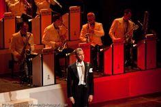 Pressefotograf   Max Raabe & Palast Orchester http://blog.ks-fotografie.net/konzertfotografie/max-raabe-das-palast-orchester-auf-heute-nacht-oder-nie-tournee/