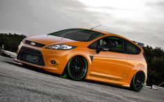 Modifikasi Ford Fiesta Orange