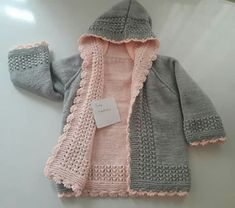 Reversible You is a reversible sweater made with two layers crocheted separately and then stitched together. Knitting Blogs, Knitting For Kids, Baby Knitting Patterns, Baby Sweaters, Girls Sweaters, Baby Cardigan, Baby Outfits, Kids Outfits, Crochet Baby Jacket