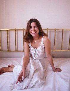 Share, rate and discuss pictures of Carrie Fisher's feet on wikiFeet - the most comprehensive celebrity feet database to ever have existed. Carrie Fisher, Star Wars Cast, Star Wars Film, Star Wars Princess Leia, My Princess, The Blues Brothers, Debbie Reynolds, Portraits, Celebs
