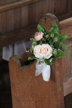 Flower Design Events: Pew End Posy at St Michael's Whitewell