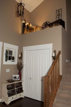 Like the ledge up top of this split level house entry. I really don't like split level homes but I do like this concept.