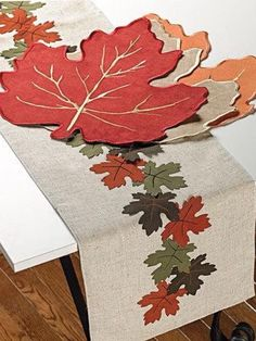 Loving this Linen Leaf Table Runner & Place Mat Set on Burlap Table Runners, Quilted Table Runners, Jute Crafts, Felt Crafts, Applique Designs, Embroidery Designs, Fall Sewing, Hand Embroidery Videos, Table Runner Pattern