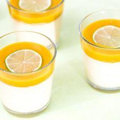 Mango-pannacotta Dessert Recipes, Desserts, Glass Of Milk, Mousse, Panna Cotta, Sweet Treats, Mango, Food And Drink, Pudding