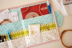 The Project Book Pouch is the just the thing to house your new favourite craft book and accompanying pattern pullouts or templates. Sewing Hacks, Sewing Tutorials, Sewing Crafts, Sewing Projects, Sewing Patterns, Sewing Ideas, Bag Patterns, Knitting Projects, Sewing School