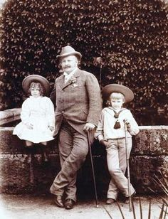 King Carlos I with his sons Infante Manuel and Prince Luís Filipe de Bragança in 1892 - Ajuda National Palace