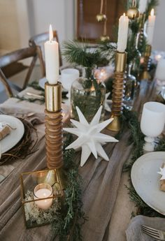 Scandinavian inspired holiday decor: http://www.stylemepretty.com/living/2016/12/21/a-nordic-inspired-holiday-gathering/ Photography: Jessica Weiser and Lyle Koehnlein - http://www.fideliophotography.com/
