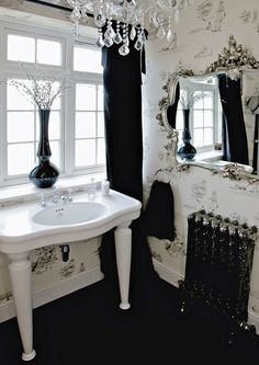 Best images, photos and pictures gallery about gothic bathroom - gothic home decor Home, Bathroom Design Black, Interior, Gothic Home Decor, Beautiful Bathrooms, House, Gothic Interior, House Interior, Gothic Bathroom