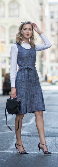 herringbone fit and flare dress with bow belt, classic white dress shirt, black pointed toe heels, b Work Fashion, Modest Fashion, Street Fashion, Business Outfits, Business Fashion, Look Office, Bcbg, Normcore, Looks Chic