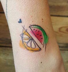Lemon and watermelon tattoo Mini Tattoos, Little Tattoos, Flower Tattoos, Small Tattoos, Vegan Tattoo, Food Tattoos, Body Art Tattoos, Essen Tattoos, Watermelon Tattoo
