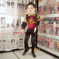 HAZELLE'S MARIONETTES NO. 408-CARLOS (1953-80) arrived at Puppet Paradise yesterday. This one has a #costume similar to the one in the 1956 product brochure.