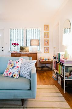Love the simplicity yet whimsy of this room.
