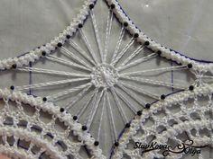 Осваиваем румынское кружево: учимся делать круговой элемент №1 в стиле тенерифе - Ярмарка Мастеров - ручная работа, handmade Form Crochet, Crochet Lace, Romanian Lace, Old Sewing Machines, Point Lace, Needle Lace, Lace Making, Hand Fan, Needlepoint