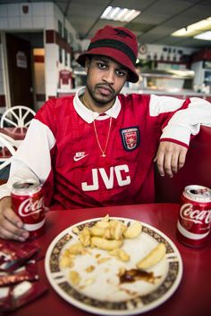 Pasquale Daniel For SoccerBible Magazine Issue Makers & Creators - SoccerBible Classic Football Shirts, Vintage Football Shirts, Sport Editorial, Editorial Fashion, Arsenal Football, Football Jerseys, Football Fashion, Mode Streetwear, Poses For Men