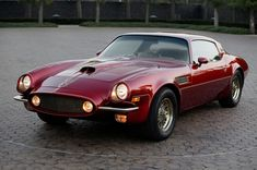 Behold, one of the 70s rarest creatures, the 1971 Pontiac Pegasus concept. Designed by one of GM's legendary designers, Bill Mitchell, it was customized with a racecar-inspired nose and tailored leather bucket seats, but the Pegasus was never revealed to the public. (Credit: GM)