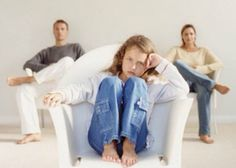 Effects of Divorce on Children How to Be a Better Parent After the Break - Child Custody - Calculate child support payment - Child Support Quotes, Child Support Laws, Child Support Payments, Divorce Attorney, Divorce Lawyers, Divorce And Kids, After Divorce, Leiden, Collaborative Divorce