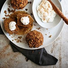 I've got a delicious and simple recipe for Pistachio Pumpkin Muffins over on @turntablekitchen…