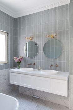 Erskineville main bathroom before and after: Modern take on a Victorian bathroom Bathroom Niche, Rustic Bathroom Vanities, Victorian Bathroom, Bathroom Red, Bathroom Storage, Small Bathroom, Tiled Walls In Bathroom, Bathroom Feature Wall Tile, Feature Tiles