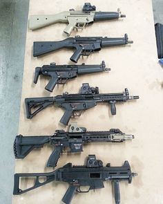 What do all these guns have in common? After a high volume day at the range each one only takes about 10 minutes and $0.15 worth of @fireclean to clean. ---------- #hkarmorer #hksmith #hksnob #dakotatactical #hecklerandkoch #fireclean #cleanergun #igmilitia #ump #hk416 #d300 #mp5 #d54 by dakotatactical