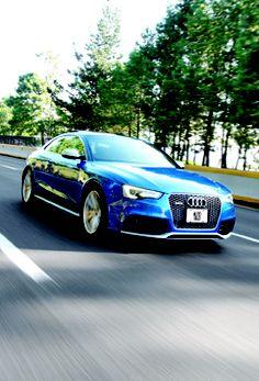 #Audi #RS5 2013. V8, 4.2L, 450hp, tracción #quattro.