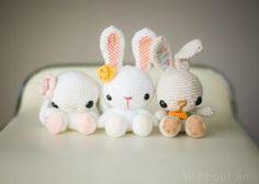 Free cute Easter Bunny Crochet Patterns Crochet Amigurumi, Amigurumi Doll, Amigurumi Patterns, Easter Bunny Crochet Pattern, Free Crochet, Simple Crochet, Crochet Projects, Free Pattern, Cat Pattern