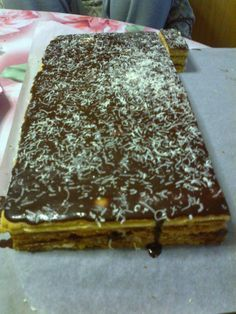Fun Desserts, Delicious Desserts, Dessert Recipes, Hungarian Desserts, Romanian Food, Sweet Cakes, Cookie Recipes, Sweet Treats, Food And Drink