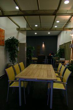 #Contract #Tropical #Restaurante #Cafeteria #Dibujos #Mesas de comedor #Sillones #Mesas de centro #Madera #Plantas #Sillas