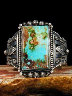 aaron_toadlena_royston_turquoise_bracelet_060916007.jpg (600×800)